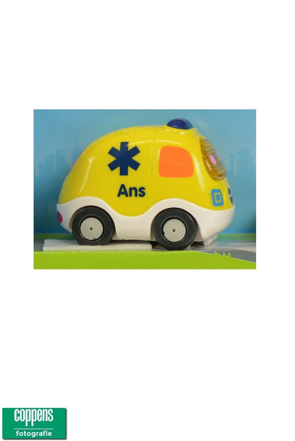 Toet Toet Auot's Ans Ambulance