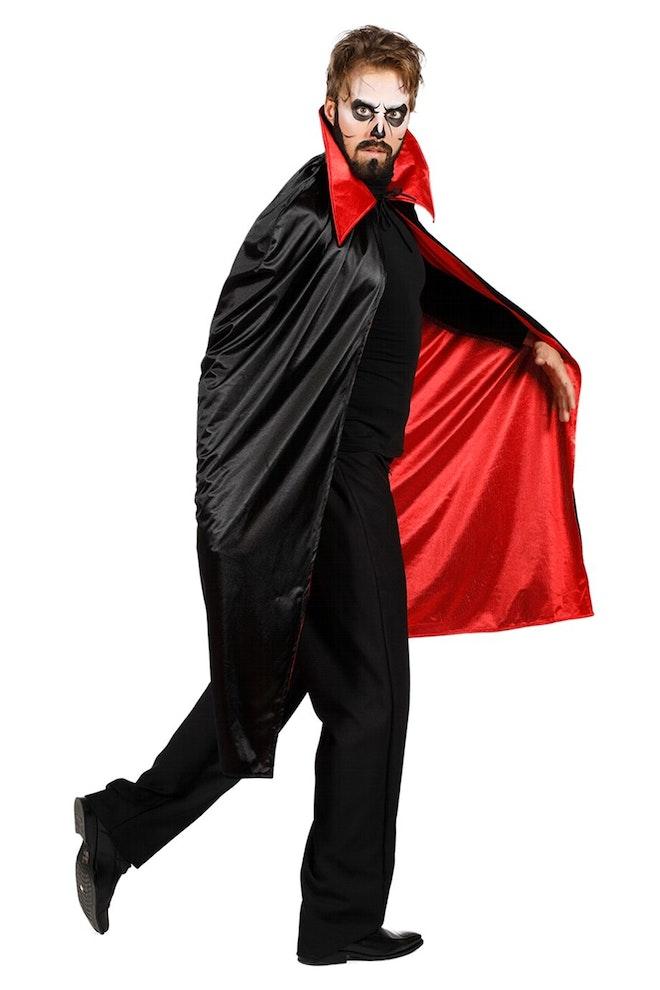 Dracula cape zwart/rood 920 1380